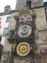 """Praga - Orologio astronomico (piazza Vecchia) • <a style=""""font-size:0.8em;"""" href=""""http://www.flickr.com/photos/62319355@N00/2483422601/"""" target=""""_blank"""">View on Flickr</a>"""