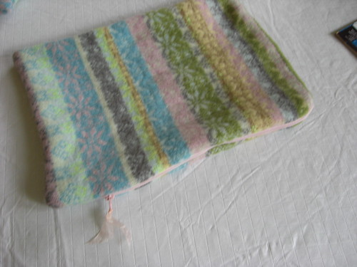 Recycle Sweater Laptop Case For Nean