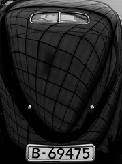 car (Peter du Gardijn) Tags: pattern blackwhite numberplate oldtimer