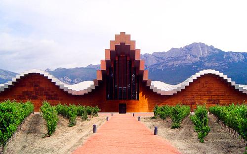 Bodegas Ysios, Laguardia, Álava, Spain, by jmhdezhdez