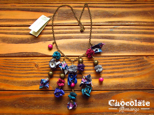Collar modelo carnaval by Chocolate Amargo Accesorios