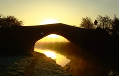Frosty sunrise (Chris Beesley) Tags: bridge sun silhouette sunrise interesting explore naturesfinest 10faves explored 25faves abigfave goldenphotographer diamondclassphotographer coolestphotographers