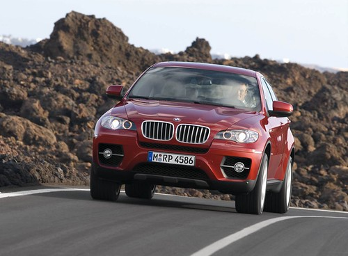 BMW X6  promotional video
