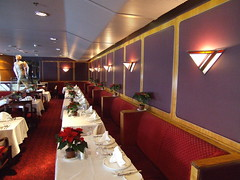 QE2 Princess Grill Restaurant