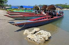 Mexico-2002 - Boat ride to Yaxchilian (archer10 (Dennis)) Tags: mexico mayan yaxchilan usumacinta river fronteracorozal archer10 archer dennis dennisgjarvis dennisjarvis worldtravels nikon free iamcanadian boats long boatride usumacintariver