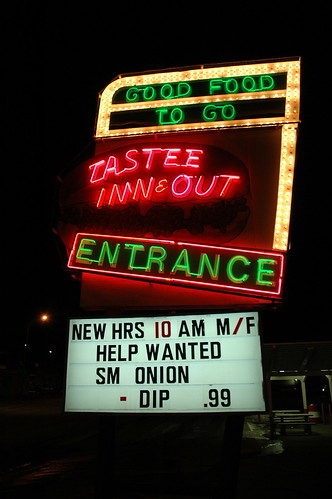 Tastee Sign Full