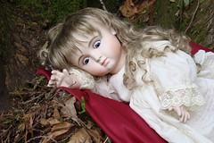 What time is it? (portugita_norton) Tags: park trees fern washington doll livingdoll bucoda