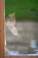 Oma (Gatis Orlickis) Tags: window grandmother fenster gran oma grannie grossmutter