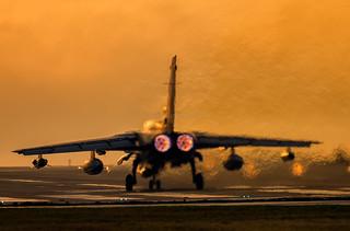 ZA594  (059) Departing