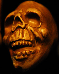 Happy Halloween (Scott*) Tags: halloween skull nikon d200 piratetreasure thebiggestgroup nikonstunninggallery jsmoorman piratetreasure2 piratetreasure3 thenextbiggestgroup