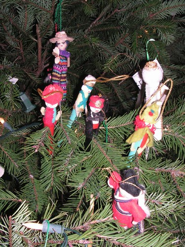 Christmas Craft Projects: Clothespin Christmas Ornaments