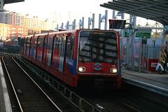 DLR 11 [Docklands Light Railway] (Howard_Pulling) Tags: london poplar docklands lightrail dlr docklandslightrailway poplarstation hpulling howardpulling