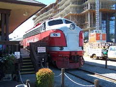 Branson Scenic Railroad (Adventurer Dustin Holmes) Tags: railroad train tren hilton zug mo missouri trainstation locomotive trem ozarks branson treno trein locomotora lokomotive scenicrailway traindepot locomotiva  raildepot  scenicrailroad    scenicrailways whiteriverrailway