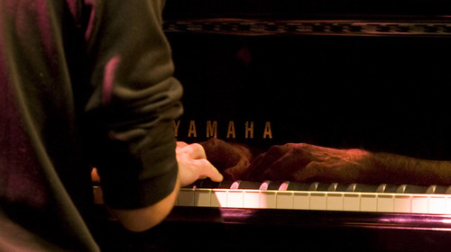 Reflejos en el piano