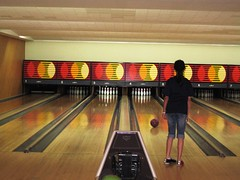 TRU Form 3 Class 2007 Dominoes + Bowling 0071 (butrflyz) Tags: makan tru