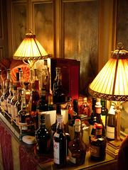Alcools (Herv KERNEIS) Tags: lampes bouteilles alcools barshtelsetrestaurants