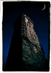 Waxing Wallace Monument (Rotundus III) Tags: wallace wallacemonument williamwallace stirling scotland freedom