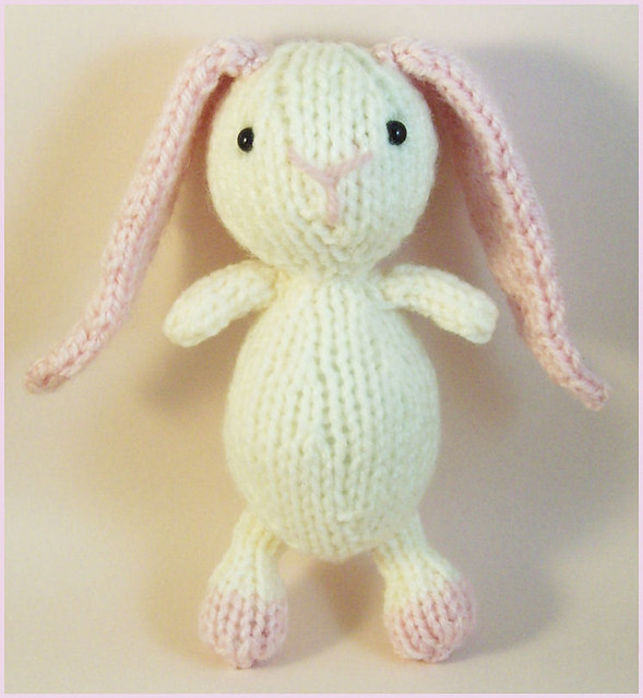 Ravelry Sugar Bunny Pattern By Raynor Gellatly