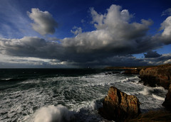 Gwithian, Cornwall. Approaching Squall (s0ulsurfing) Tags: ocean blue light sea sky cliff cloud sunlight lighthouse seascape storm beach nature water beautiful weather rock clouds squall skyscape spectacular landscape bay coast amazing intense movement rocks cornwall skies searchthebest natural bright wind cove patterns awesome wide shoreline dramatic fluffy atmosphere windy wideangle stormy cliffs coastal shore edge stunning strong coastline drama omg powerful atmospheric nube meteorology 2007 godrevy nephology gwithian breathless kernow 10mm cliffedge naturesfinest westcornwall sigma1020 s0ulsurfing thecloudappreciationsociety infinestyle coastuk