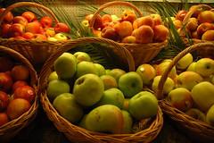 dsc_0861 (Francesco Crippa) Tags: christmas london fruits vegetables harrods