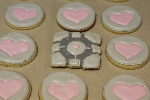 Weighted Companion Cube Cookies