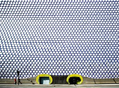 Selfridges Birmingham (Stephen D Harper) Tags: silver birmingham isolation entrace selfridgesbirmingham hardlight twopaths