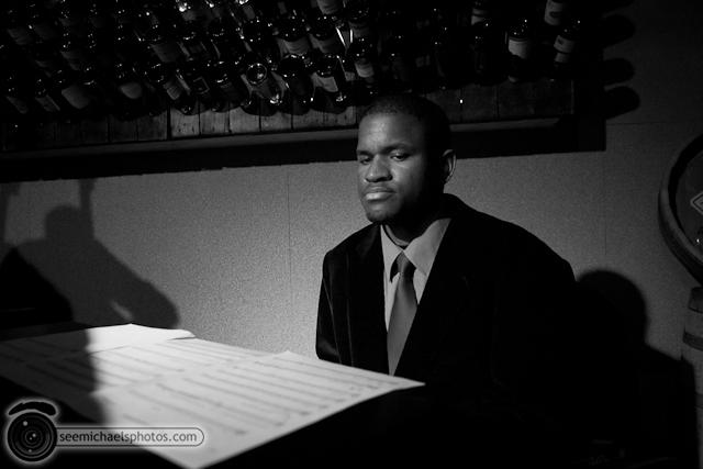Jason Robinson at Dizzys 60211 © Michael Klayman-014