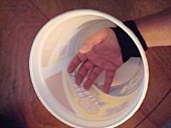 hand_in_bucket