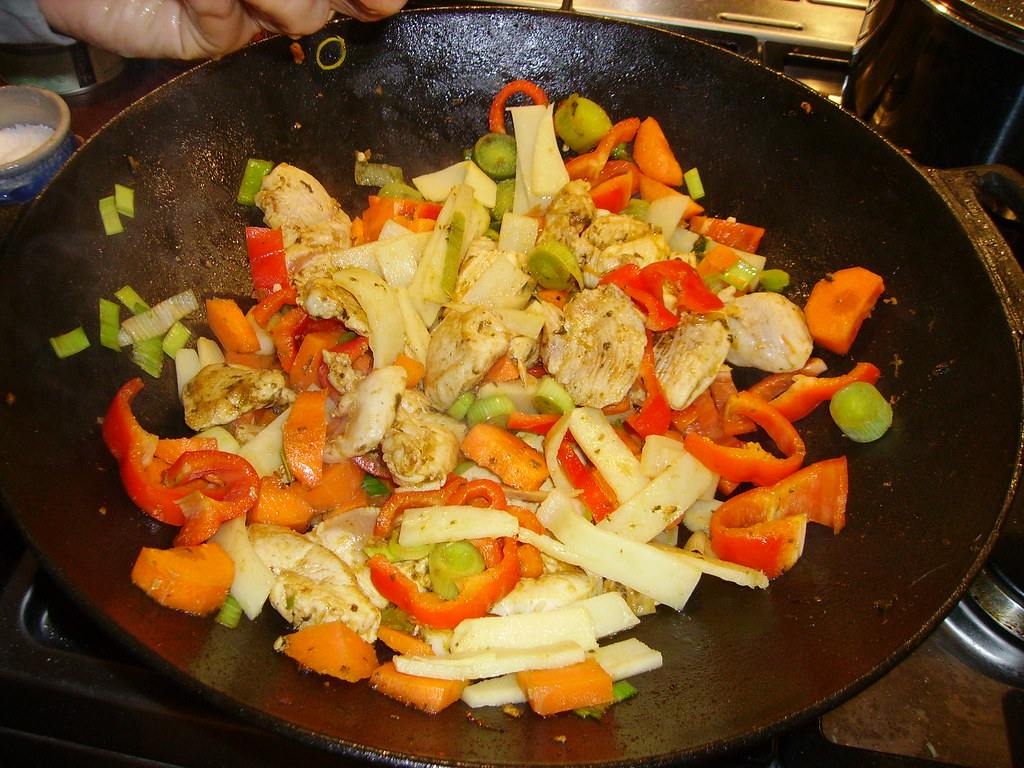 Cooking a wok dish
