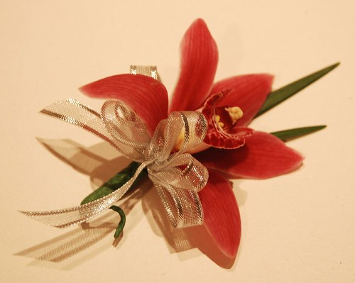 immediate family boutonniere