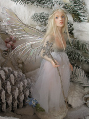 #59 Yule ~ Winter Solstice Fairy (Nenfar Blanco) Tags: winter sculpture art doll handmade oneofakind ooak polymerclay fairy solstice fantasy faerie hada fae fada arcillapolimrica nenufarblanco