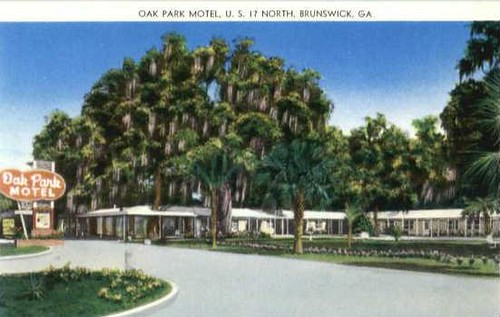 Oak Park Motel, US 17 North, Brunswick, Georgia, postcard