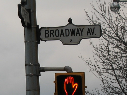 Broadway Avenue Sign