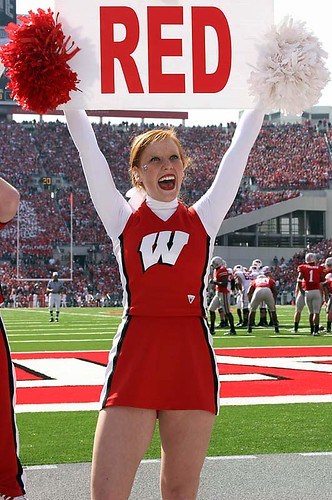 wisconsin-cheerleader-red