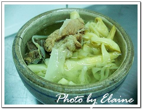 筍乾排骨湯