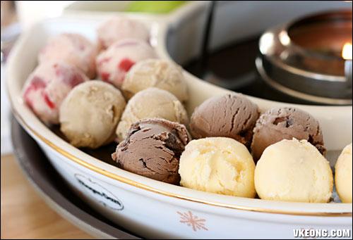 haagen dazs ice cream balls