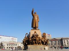 沈阳中山广场 《毛泽东思想万岁》雕塑群