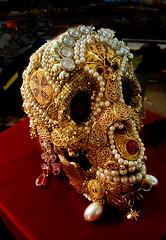 f_decobones (ricksoloway) Tags: endoftheworld arizonamojo tucsongemandmineralshow tgms macabre science specimens tucsonarizona bones skulls cameraphone samsungs6 calavera lamuerte death