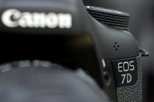 Canon EOS 7D compare 60D T3i