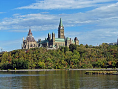 Canadian Parliament Buildings overlooking Otta...