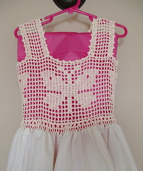 tığ işi bebek elbisesi