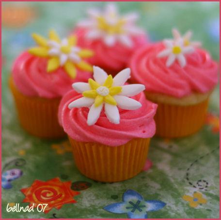 daisy cupcakes2