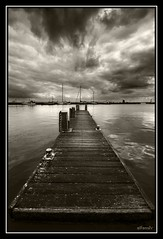 (alfonstr) Tags: sea sky bw holland water amsterdam sepia clouds port puerto muelle mar agua barcos pentax ships sigma cel bn cielo nubes holanda 1020 breathtaking aigua seaport volendam moll nvols virado alfons virat vaixells abigfave k10d ltytr2 ltytr1 ltytr3 ltytr4 ltytr5 ltytr6 alfonstr