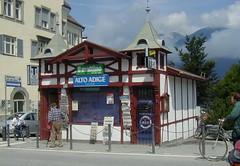 Brunico edicola 2001 - photo Goria