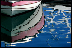 Mare Nostrum #5  Noutro Lugar (RiCArdO JorGe FidALGo) Tags: portugal water gua reflections boat barco sony reflexos cascais dsch2 marinadecascais cameradeourobrasil fidalgo72 ricardofidalgo ricardofidalgoakafidalgo72