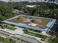 California Academy of Sciences (Michael Layefsky) Tags: goldengatepark aerial kap sanfranciscoca kiteaerialphotography roofgarden greenroof californiaacademyofsciences livingroof sodroof interestingness10 i500