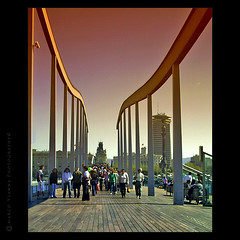 Barcelona - Puerto Olimpico (m@®©ãǿ►ðȅtǭǹȁðǿr◄©) Tags: barcelona españa canon catalunya molldelafusta maremagnum canoneos500n ciudadcondal canon28÷80mmf3556 m®©ãǿ►ðȅtǭǹȁðǿr◄© marcovianna puertoolimpicodebarcelona