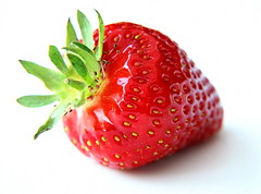 (a.rud.beth) Tags: plant macro fruit strawberry erdbeere mywinners diamondclassphotographer