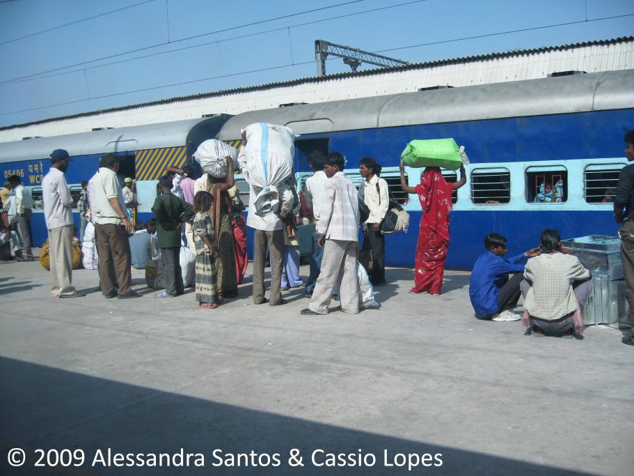 Hazrat Nizamuddin Railway Station IMG_5133_F