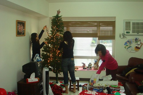 Larina, Anna, and Miffy help me to decorate